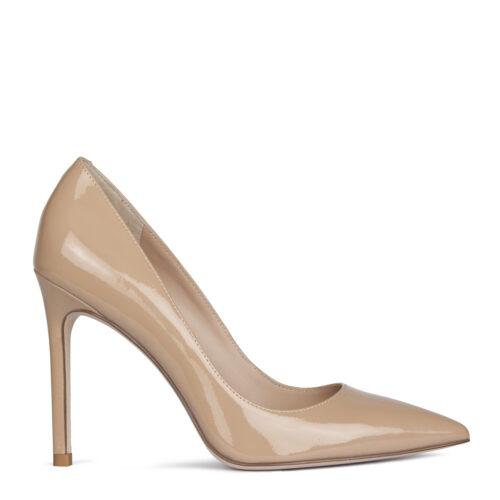 Бежевые туфли на шпильке. 10 990₽