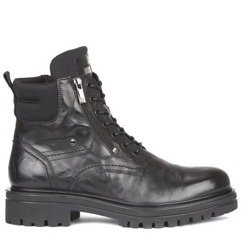 Высокие мужские ботинки из кожи. 14 990 руб.