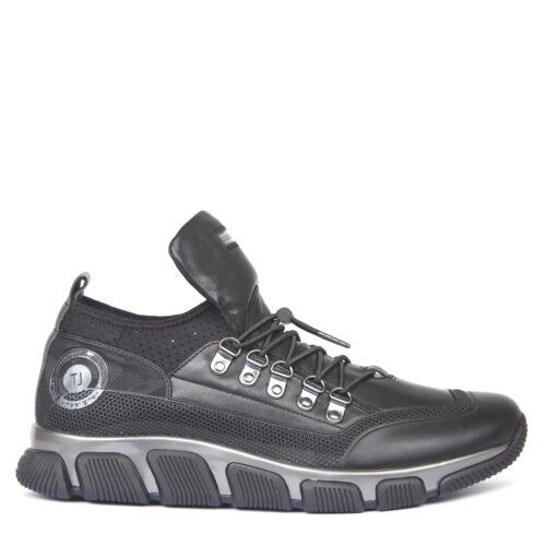 мужские кроссовки Формула TJ. 8 990₽