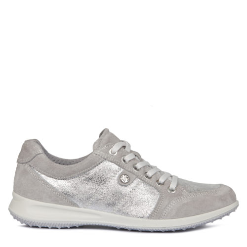 женские кроссовки 8 990 руб.
